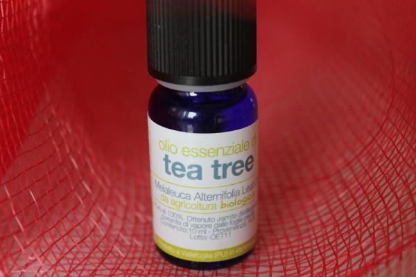 come usare l'olio essenziale di tea tree